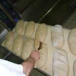 Brot wird bestrichen